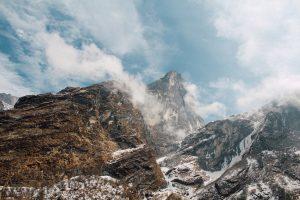 Missionswerk Karlsruhe Ermutigung der Woche Sprich zu diesem Berg Mit Wolken behangene Berggipfel