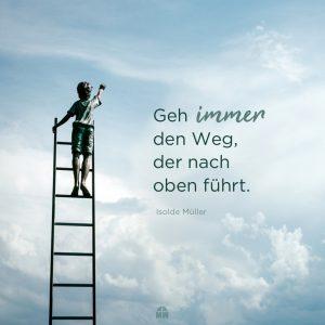 Junge auf einer Leiter in den Himmel Missionswerk Karlsruhe Ermutigung der Woche Welchen Weg nehme ich?