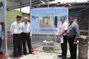 der erste vom Missionswerk Karlsruhe gespendete Biosandfilter für ein ganzes indisches Dorf