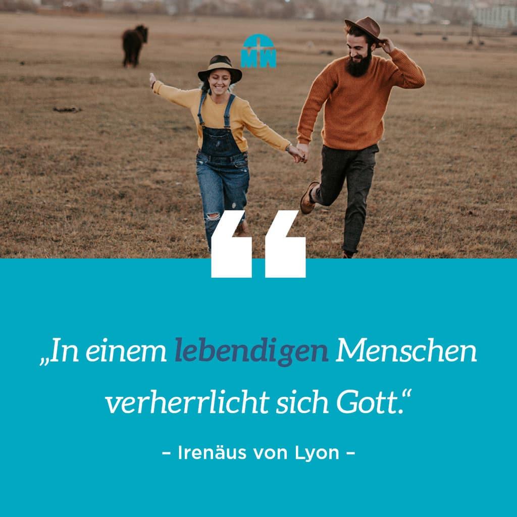 Mann und Frau rennen Hand in Hand Gott verherrlicht sich in dir Ermutigung der Woche Missionswerk Karlsruhe