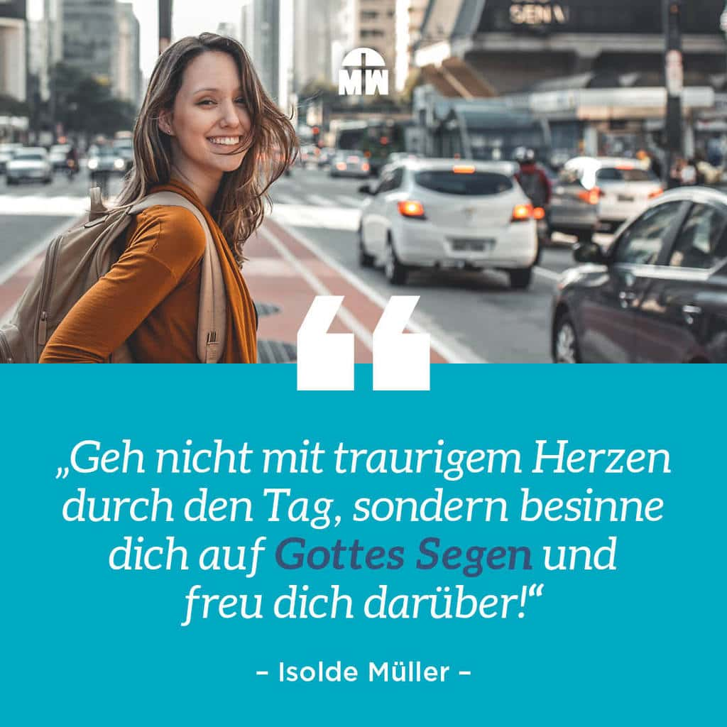Frau läuft über Straße - Du bist gesegnet - Ermutigung der Woche Missionswerk Karlsruhe